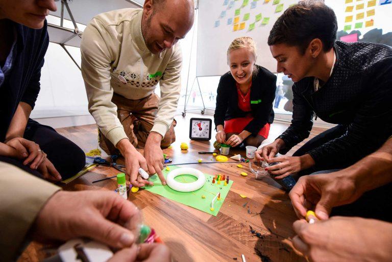 Teilnehmer beim Design Thinking Workshop in Berlin